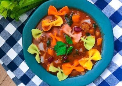 Zupa minestrone z selerem naciowym