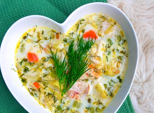 Zupa rybna z selerem naciowym